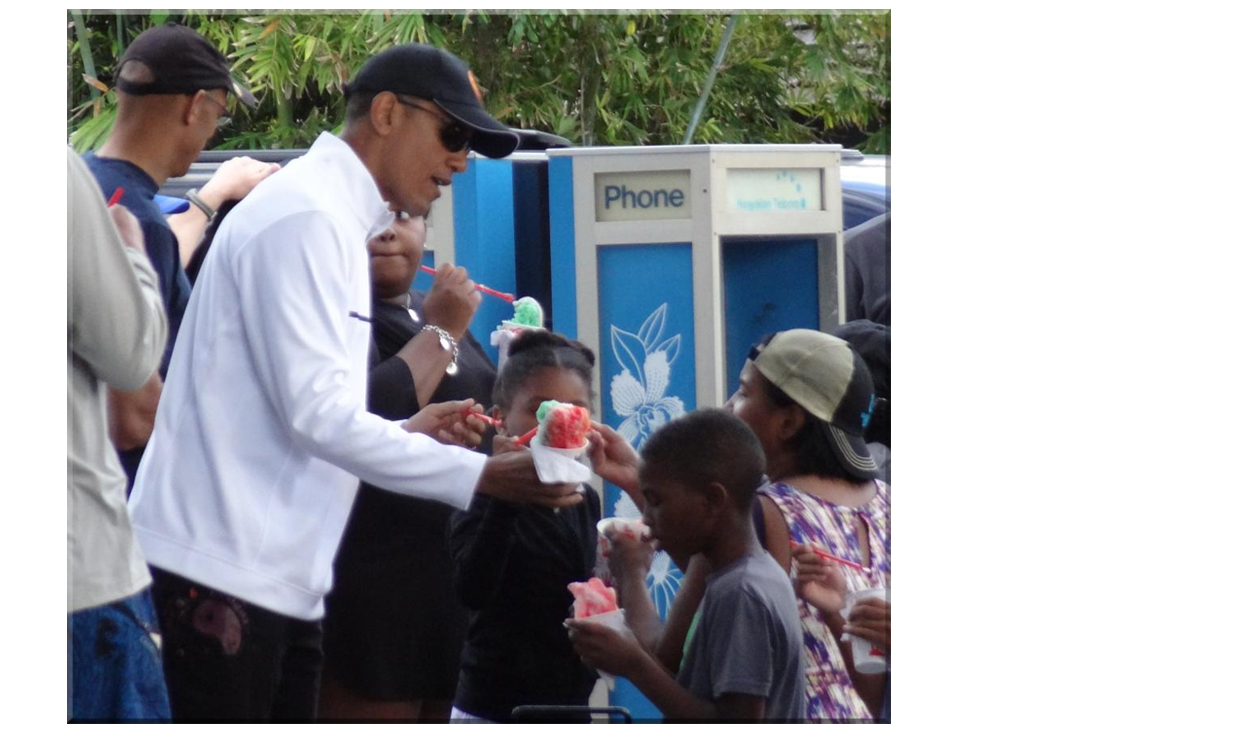 President Obama eating shave ice in Kailua